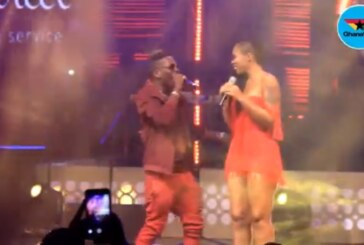 Shatta Wale 'swerves' Shatta Michy to put up an epic entrance at Becca's concert