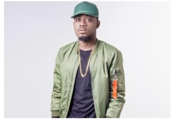 """Xbills Ebenezer Bags """"Best Video Of The Years"""" At The Vgmas"""